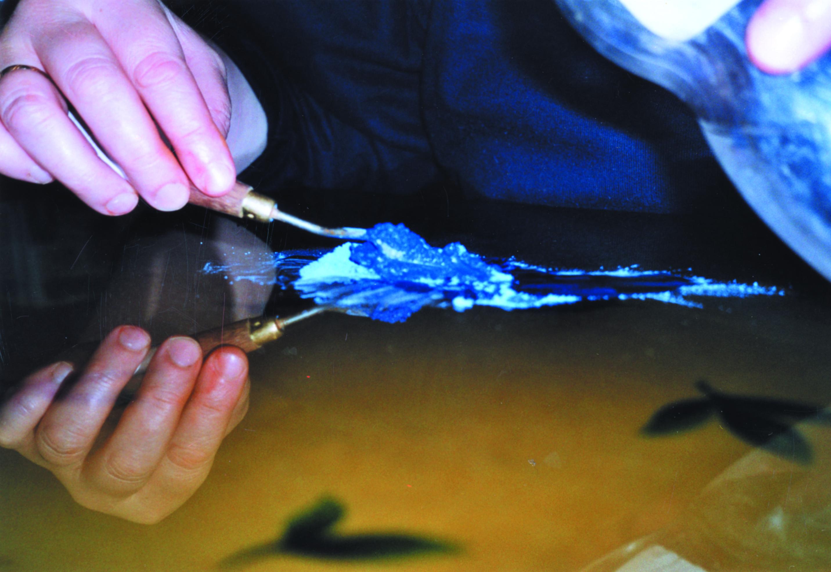 Broyer le lapis lazuli